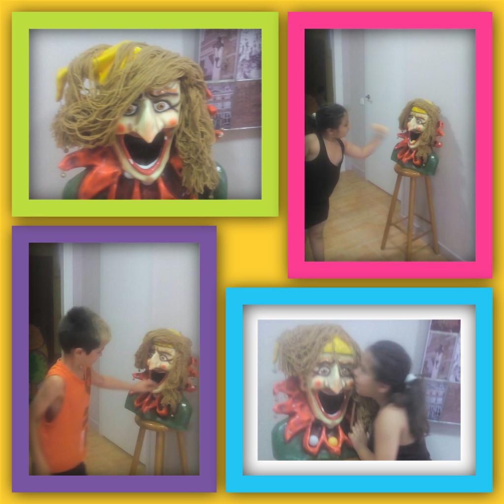 Interactuando con las emociones con un muñeco.